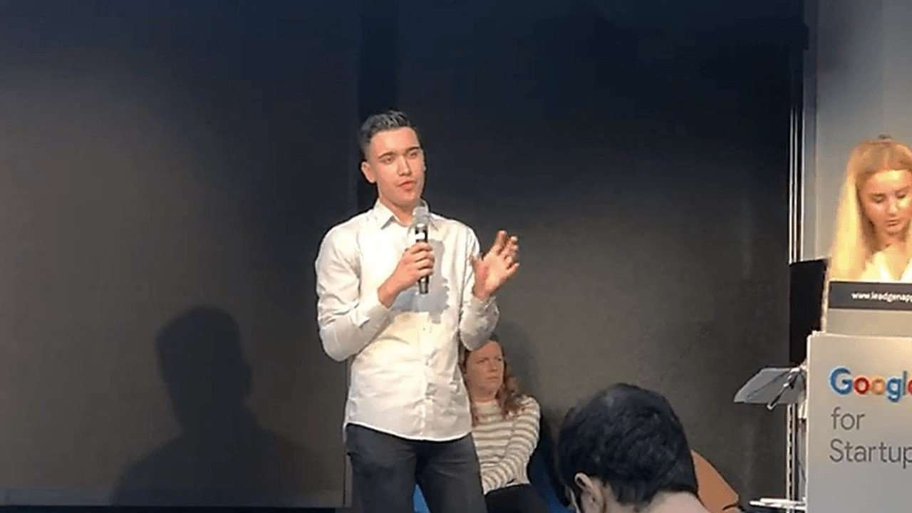 LeadGen App presentation at Google Campus